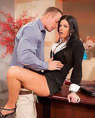 India Summer and TJ Cummings